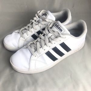 Women's Adidas size 8.5